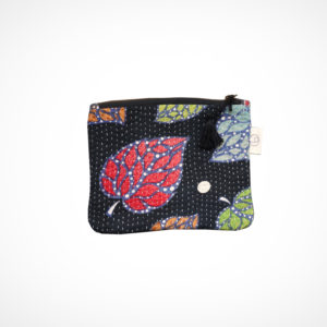 Pochette kantha Small Noir feuilles Claire Beaugrand